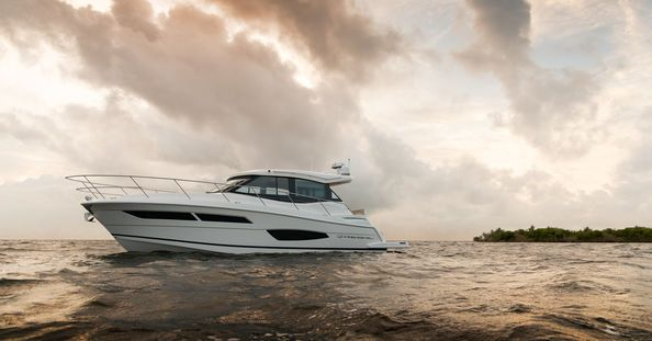 Regal 38 Grande Coupe PREMIERA